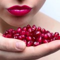 15 Reasons To Start Eating Pomegranate