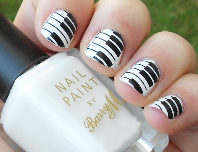 black_and_white_nail_art_easy