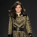 KENDALL JENNER STEALS THE SPOTLIGHT FOR H&M'S RUNWAY PRESENTATION